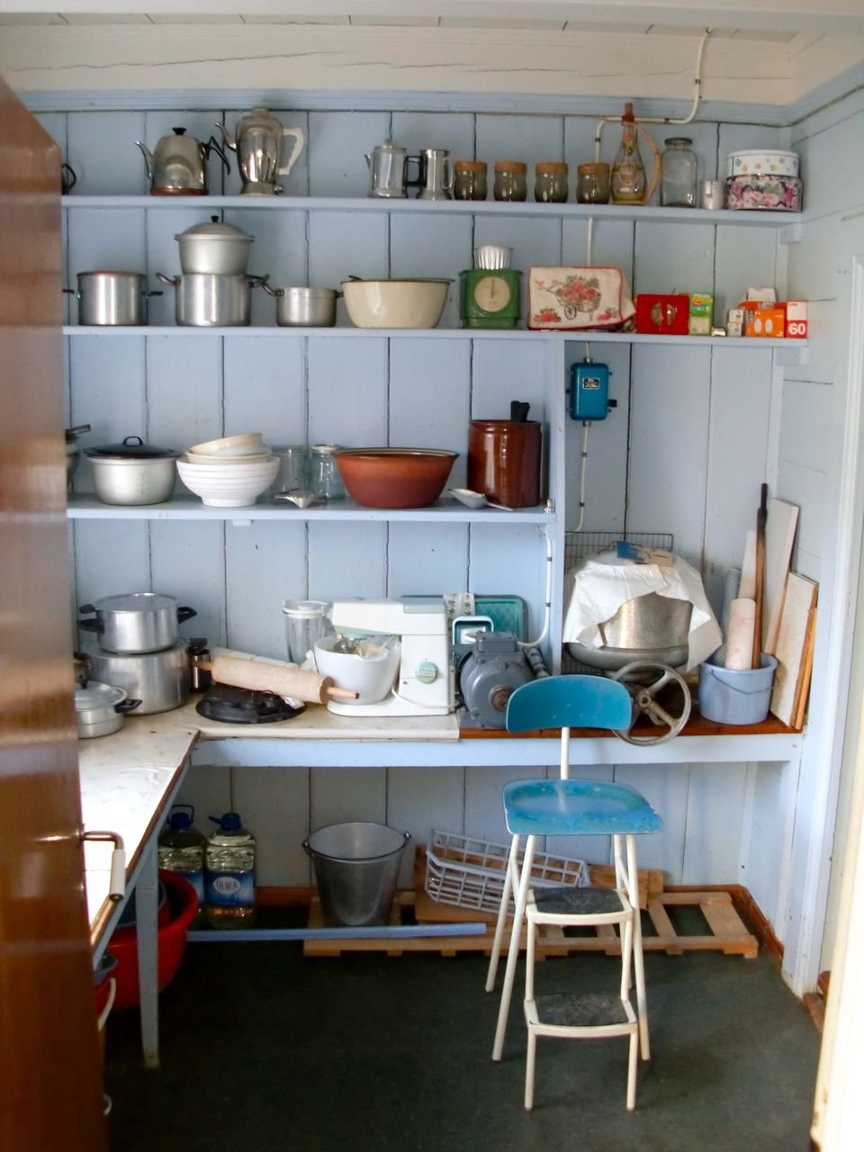 Farm house kitchen pantry | Home | Pinterest | Kitchen pantries ...