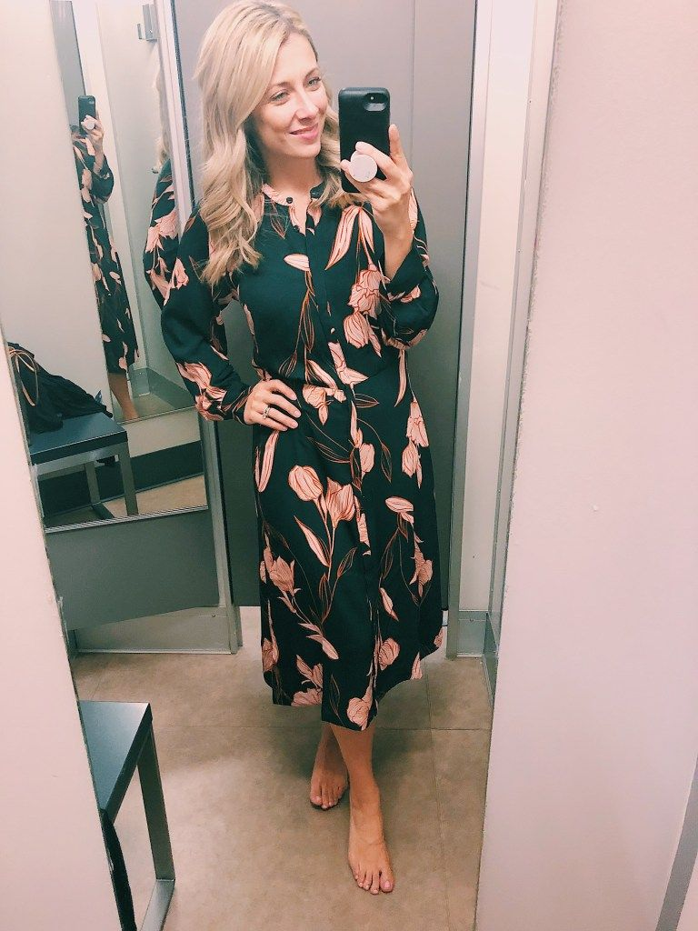 Target Mini Fall Haul Fall Floral Workwear Midi Dress For More Fall 2019 Style Inspiration Visit Me On Instagram Or Target Clothes Sleek Fashion Fashion [ 1024 x 768 Pixel ]