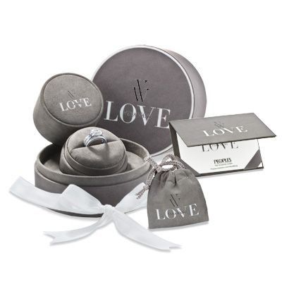 Each ring is accompanied with an official Vera Wang LOVE certificate