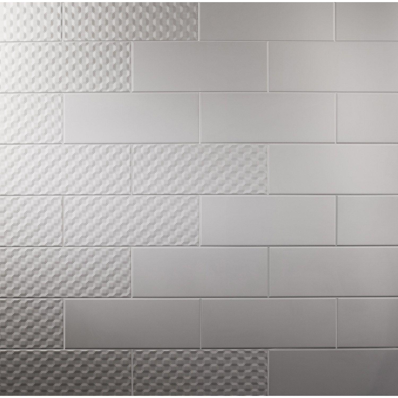 Carrelage Moderne Http Www Leroymerlin Fr V3 P Produits Carrelage Mural Rubix Satine Artens En Faience Noir Noir N 0 15 X 40 Cm E16 Flooring Tile Floor Deco