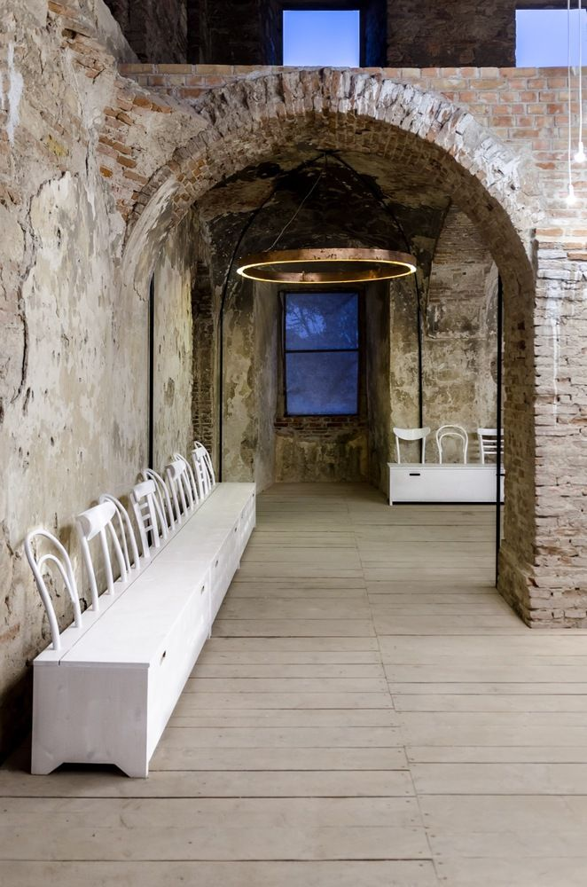 Galería Reframe - Alexandru Fleșeriu + Péter Eszter  #architectureboard #architecture #arquitectura #arq #gallery #galeria #rumania #castle #castillo #galleryreframe #reframe #concurso #2016 #proyect