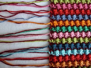 Karin to the hook; Staggered knot stitch