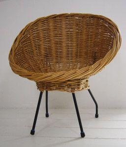 VG082   Small Rattan Chair, Reminding Pierre Guariche Design