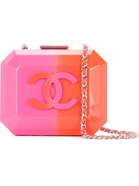 e3f6630edb1a Shop Chanel Vintage hard chain shoulder bag