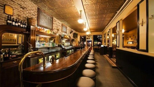 The Coolest Bars And Restaurants In Town Best Pubs Tipsy Cool Bars