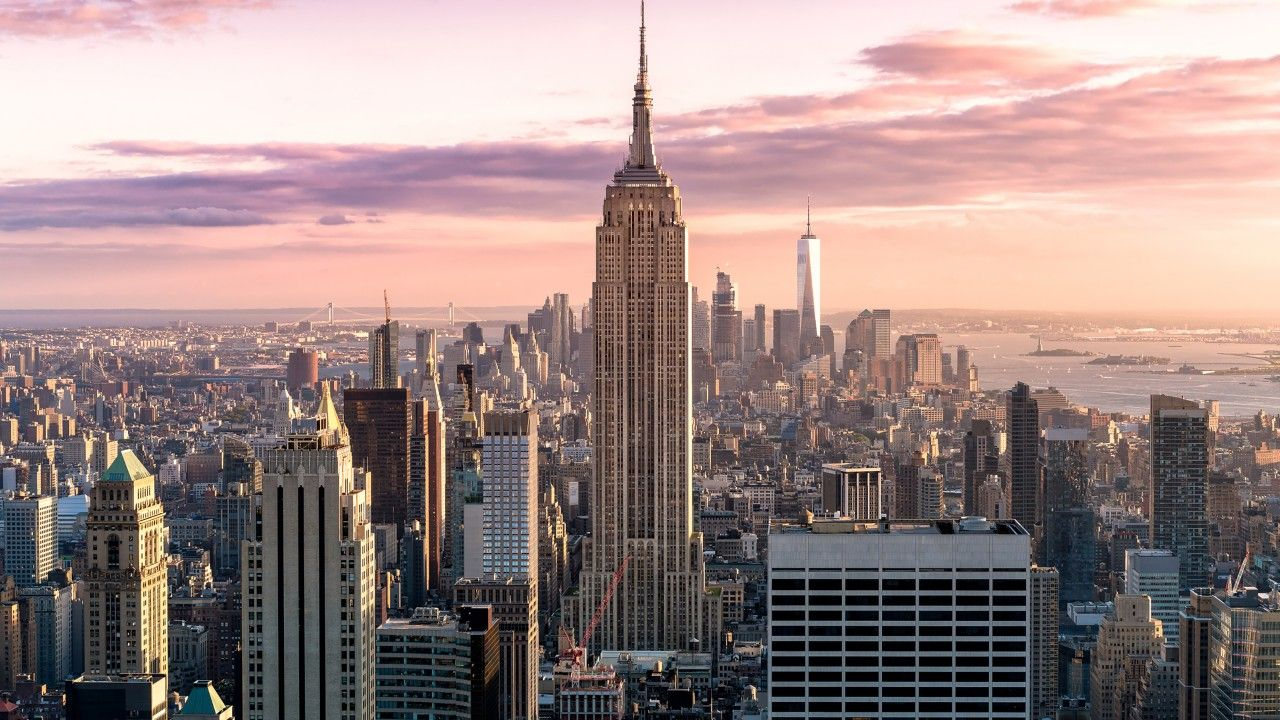 Awesome Manhattan Skyline New York City 4k Wallpaper New York City Views New York City Pict New York City Pictures Cool Places To Visit New Year Celebration