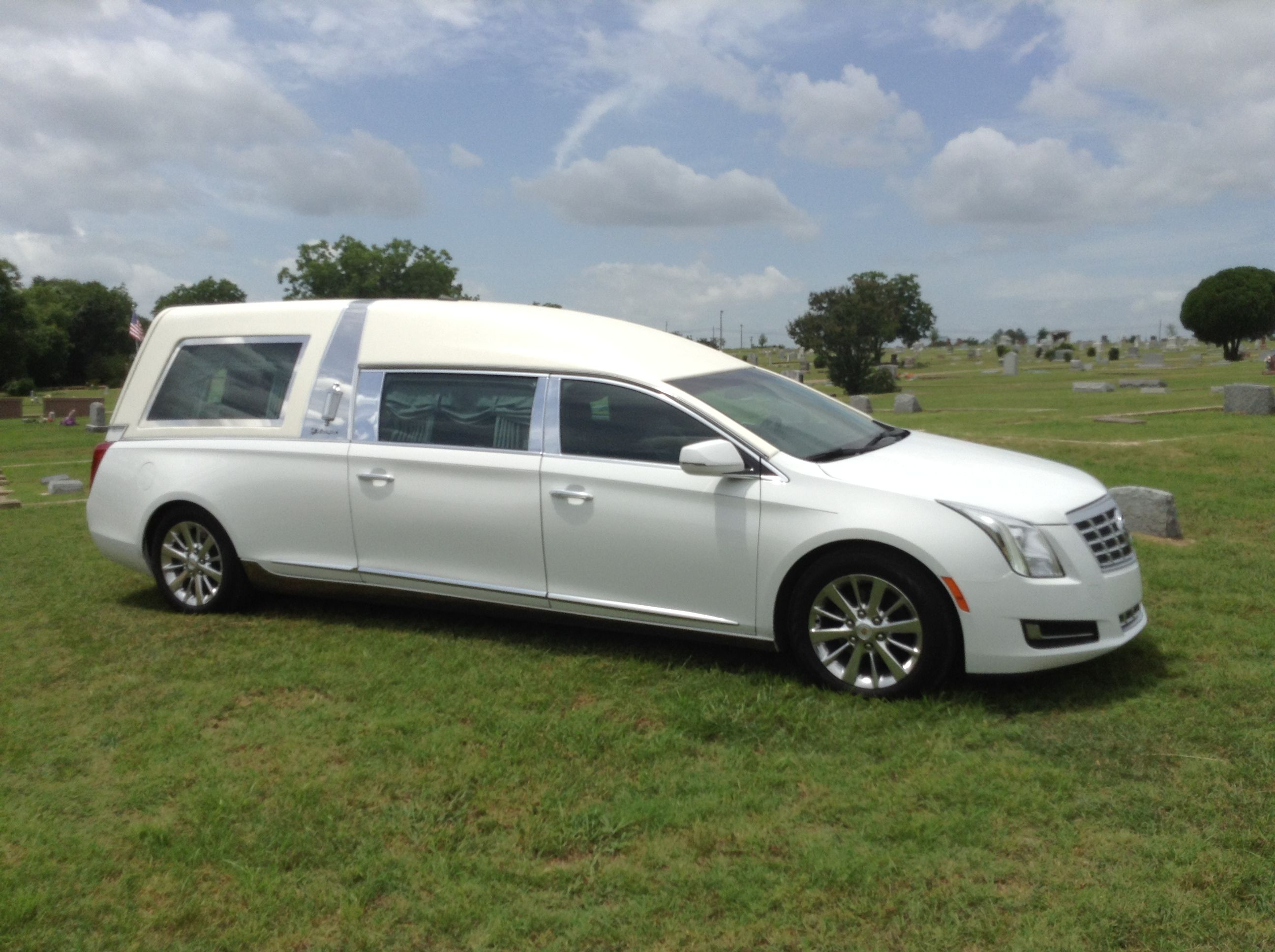 2015 Cadillac Masterpiece Hearse By S Amp S Funeral