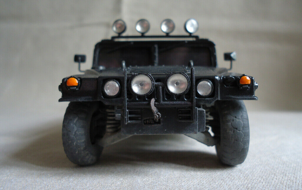 ZVEZDA Plastic Model Kits  Unpainted Military Cars,Trucks and Vehicles
