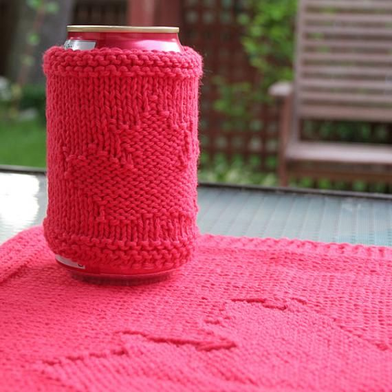 Canada Day placemat and can cozy - free knitting pattern | Crochet ...