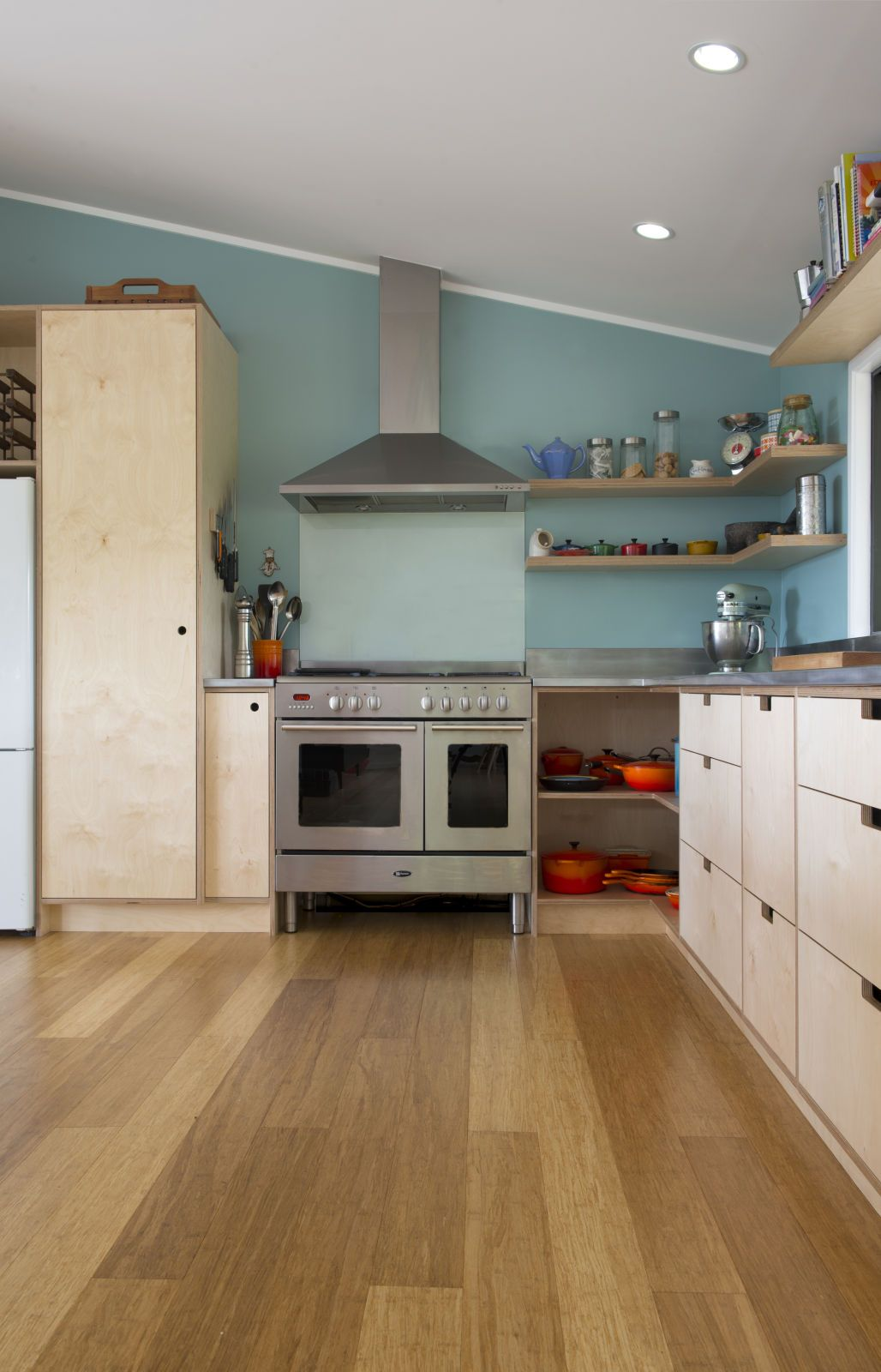 Best Plywood Is Emerging As A Must Have For Interiors Using 400 x 300