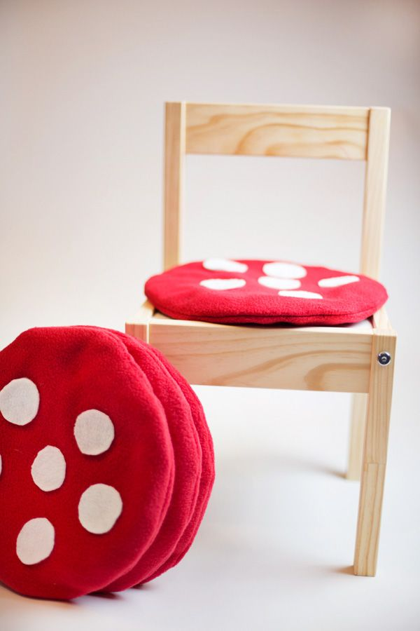 Diy Tutorial Toadstool Chair Cushions Could Be Cute For A Picnic Table Bench