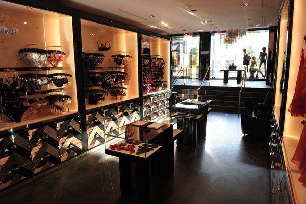 Store Opening, Interior Styling, Window Display and Visual Merchandising.