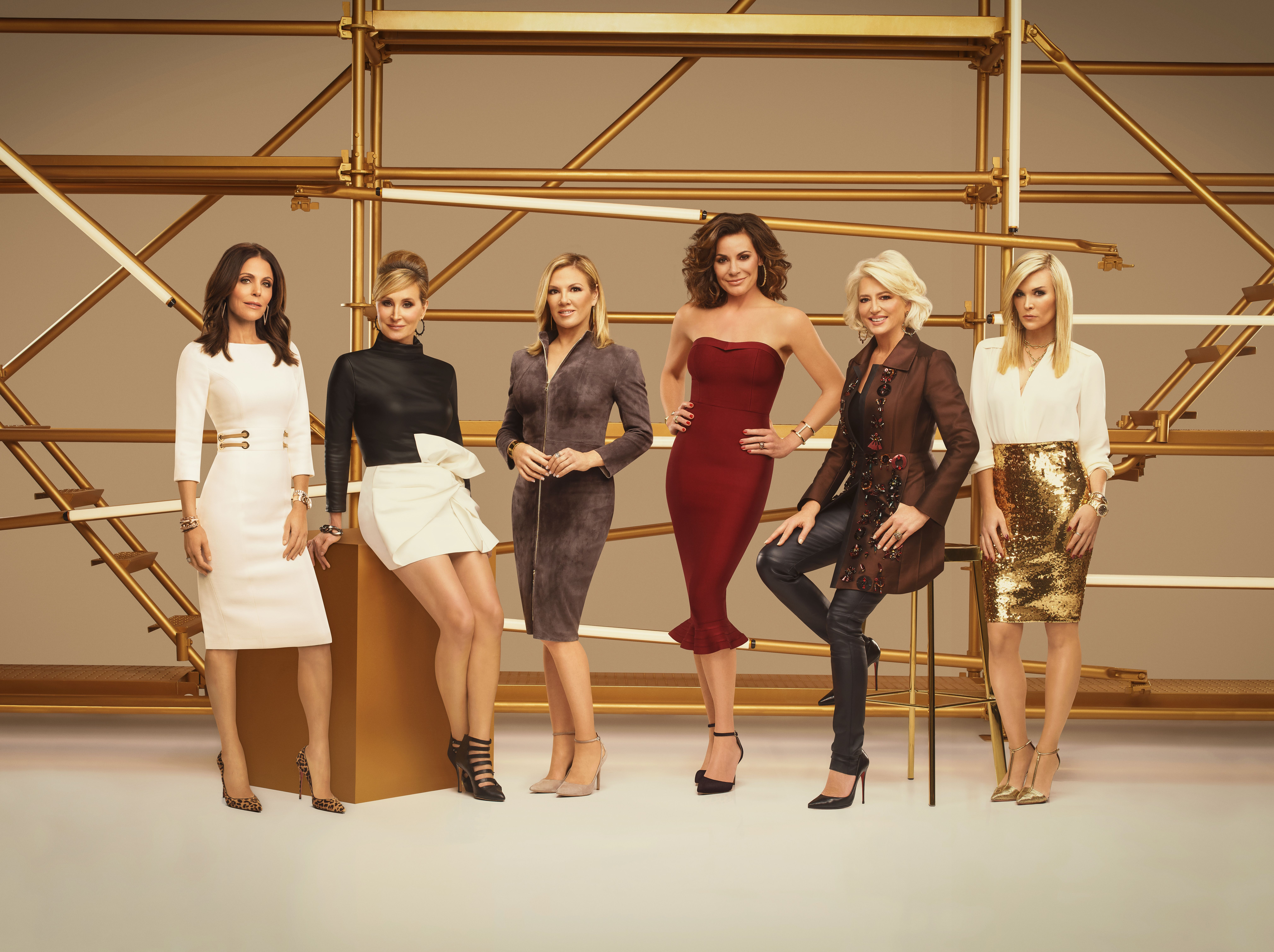 The Real Housewives Of New York City Returns With Explosive Season 11 Trailer Housewives Of New York Real Housewives Ramona Singer