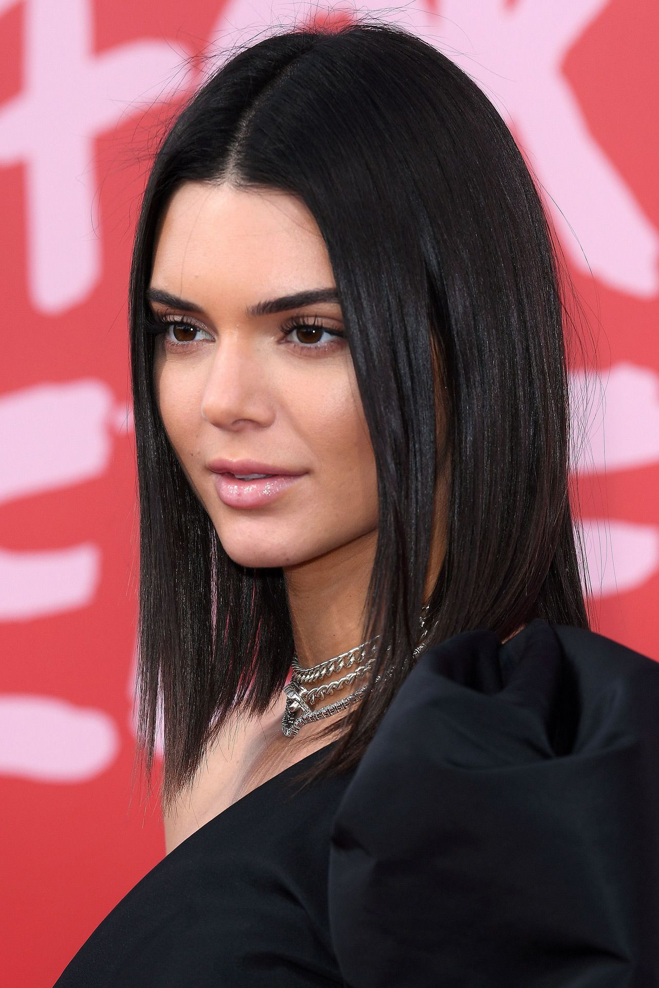 Cannes 2017 Red Carpet Beauty Kendall Jenner Hair Kendall Jenner Short Hair Kendall Jenner Haircut