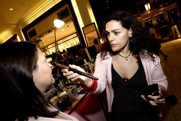 Laura Mercier laura mercier makeup artist Buscar con Google Makeup Artist