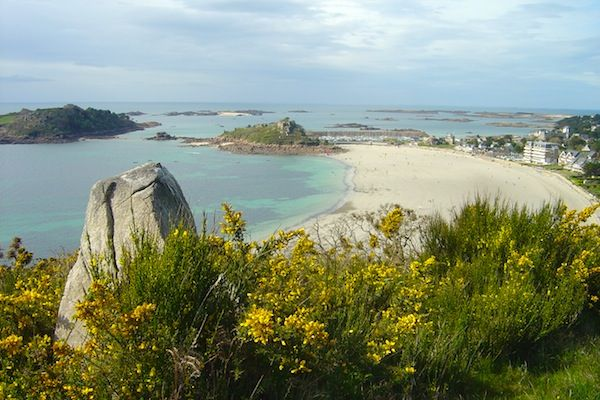 Brittany S Rose Granite Coast The World Is Waiting Coast Explore France World
