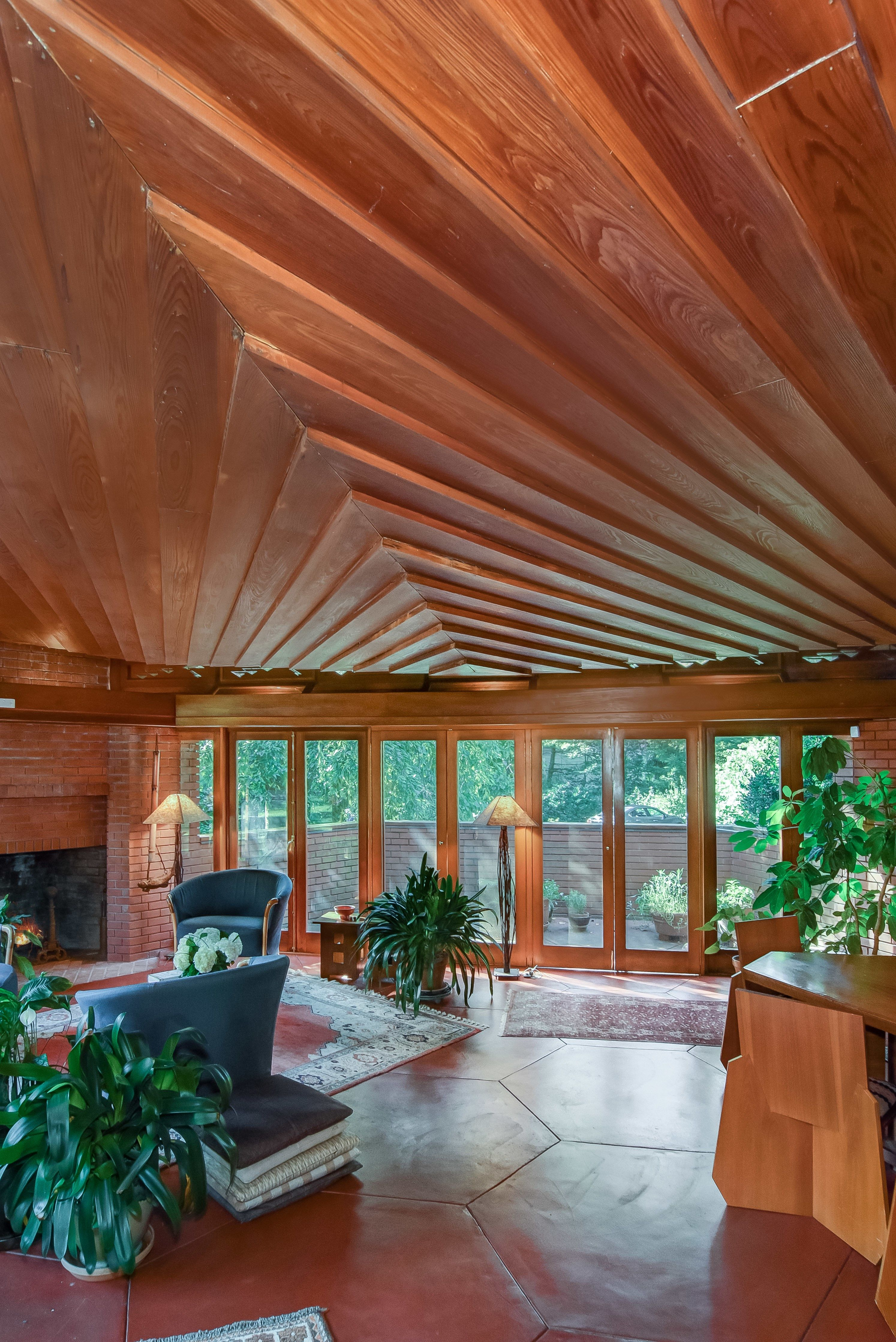Frank Lloyd Wright Hexagonal Home Up For Sale In New Jersey Usonian House Frank Lloyd Wright Usonian Frank Lloyd Wright Architecture