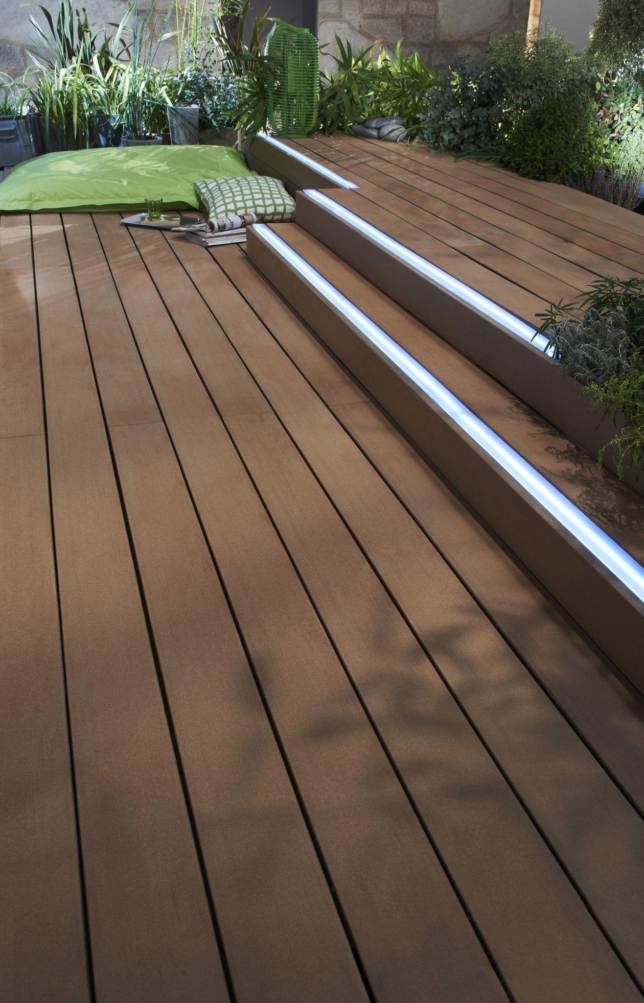 Eclairage Exterieur Lumieres Pour Mettre En Valeur La Terrasse Eclairage Exterieur Eclairage Exterieur Terrasse Lumiere Terrasse