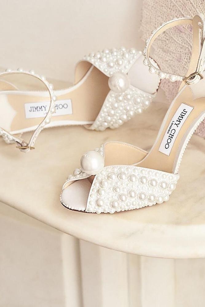 24 Elegant White Wedding Shoes Wedding Forward Pearl Wedding Shoes Diy Wedding Shoes White Wedding Shoes