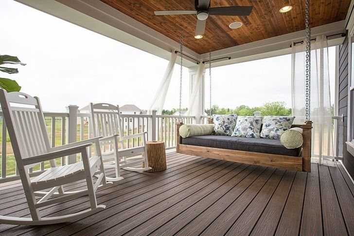 love that porch swing #craftsmanstylehomes