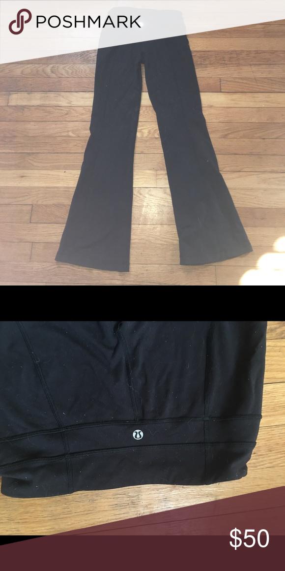96769b3ce0802 Lululemon flare yoga pants Love the pants but I'm so broke! Make ya booty  look great lululemon athletica Pants Leggings