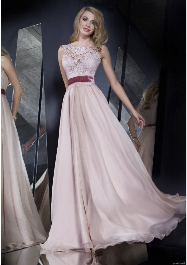 Bien Savvy   Fashion - Bien Savvy   Pinterest   Lace evening gowns ...