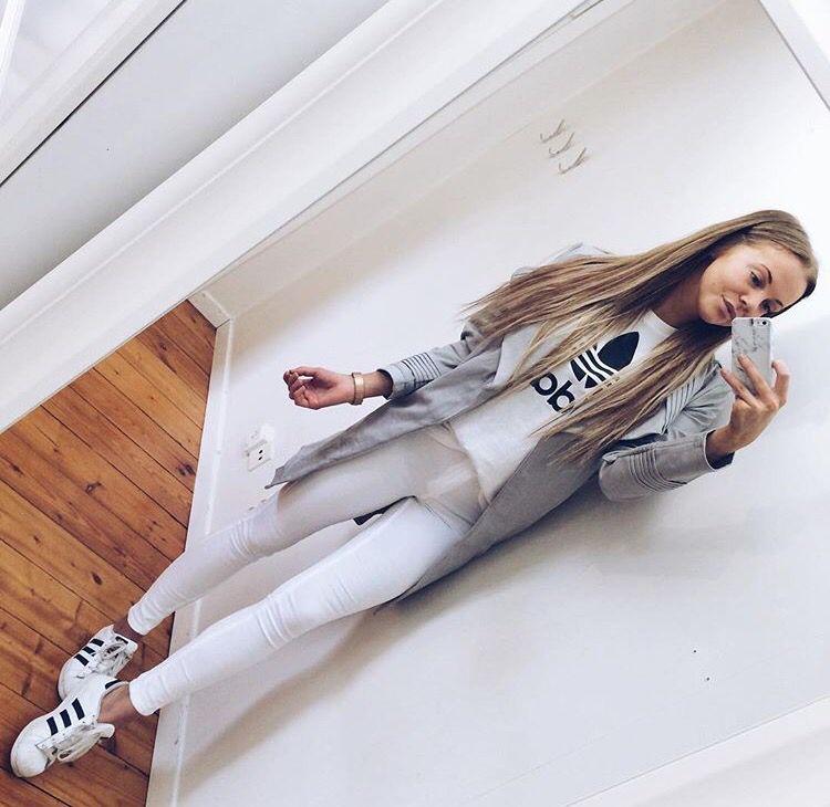 @Karolinlisa