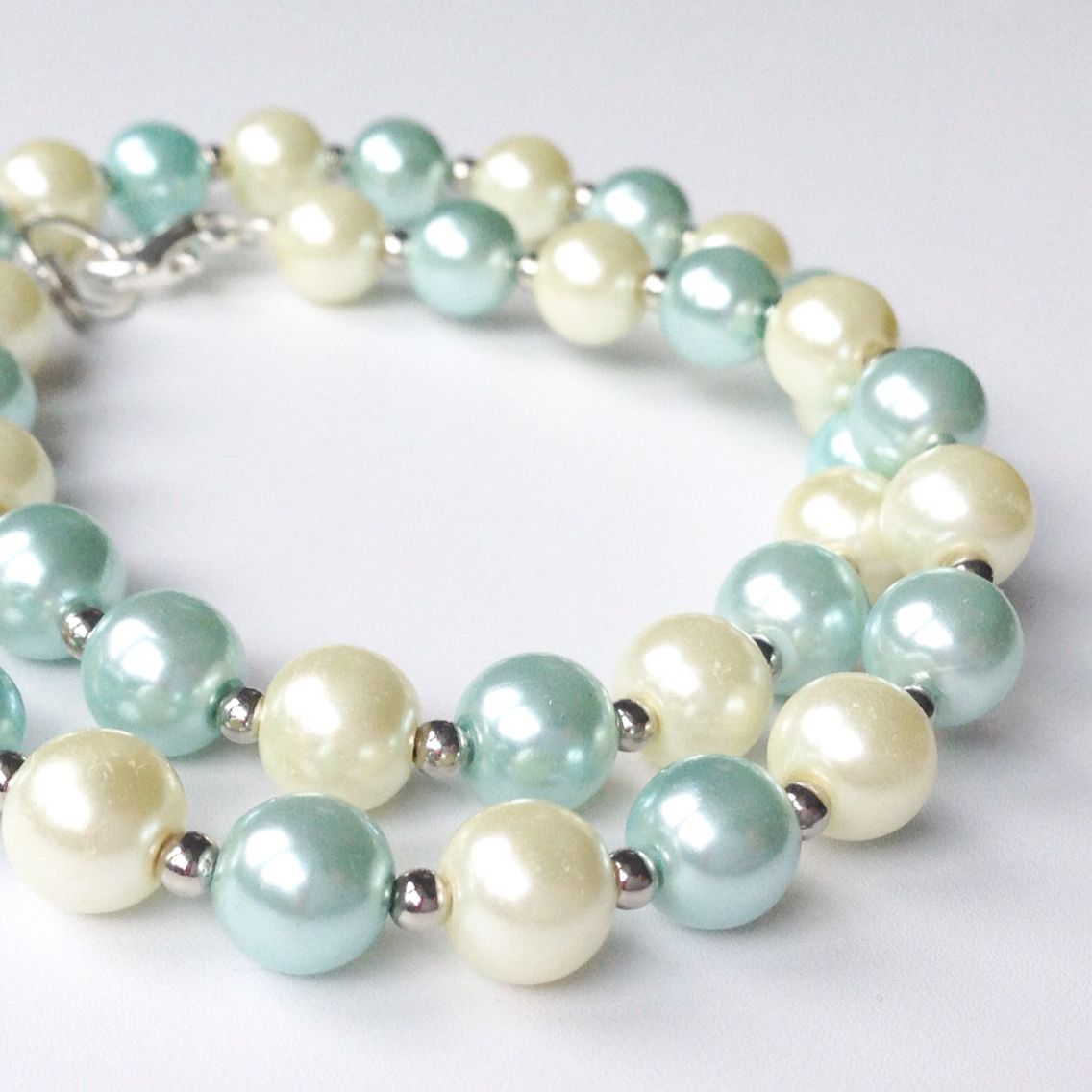 Improve Your Skills with Jewelry Making Classes | Girl guides, Beads ...
