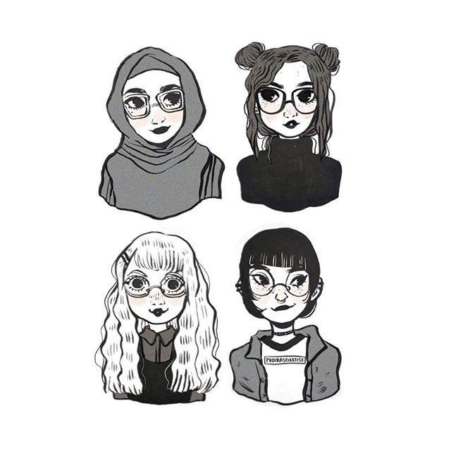 Cute Women Wearing Glasses