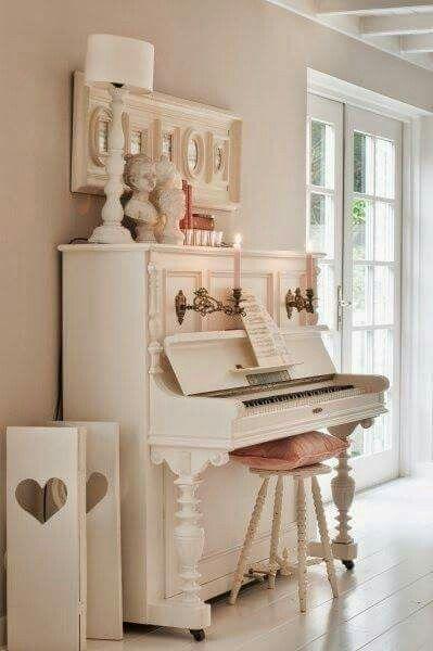 pin von bubsanella auf shabby pinterest haus landhaus und wohnen. Black Bedroom Furniture Sets. Home Design Ideas