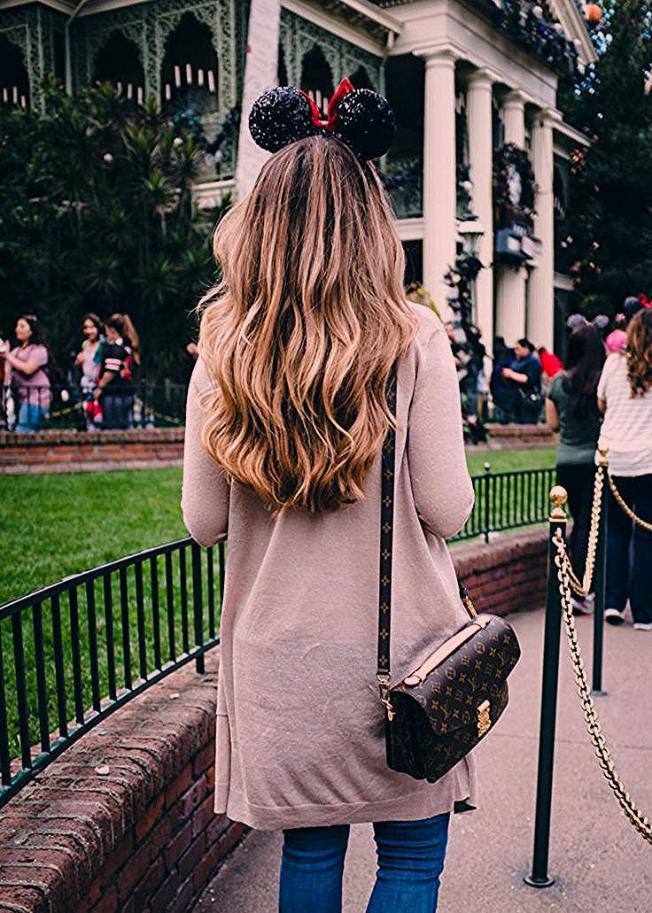 Photo of Disneyland Outfit Ideas 2019 – What to Wear to Disney   The Teacher Diva: a Dall…