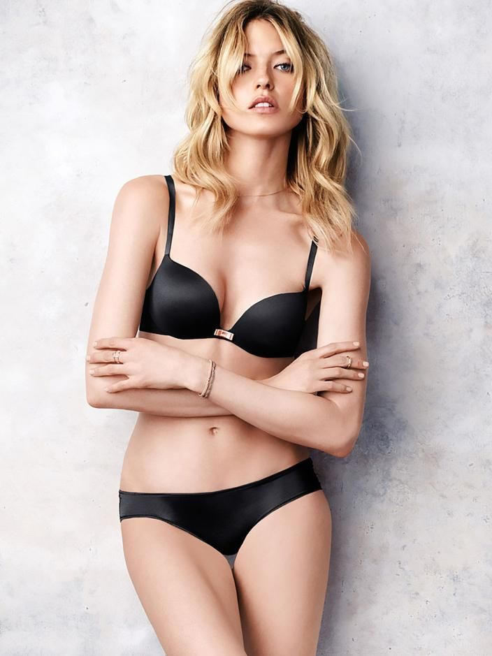 8804fe566a Pocket  마사 헌트(Martha Hunt) - Victoria s Secret 2015  2