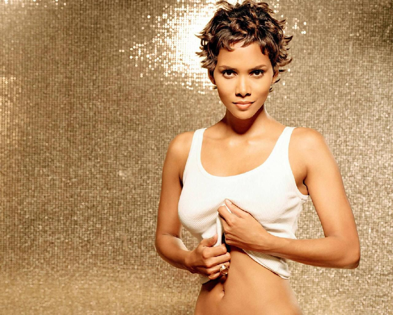 Meches Bambini ~ Halle berry pictures 15 halle berry pinterest halle and