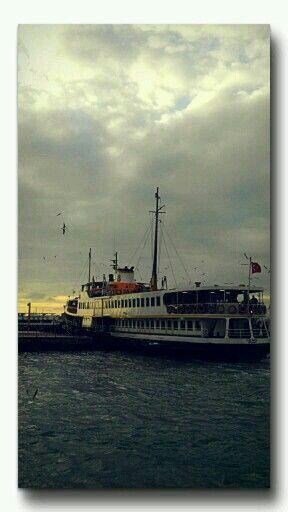 Kadıköy iskele photo alpioz.
