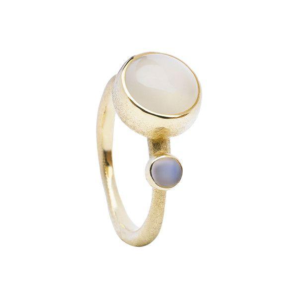 Von Lotzbeck ring: Big Muffin Ring w. Moonstone. Se og køb den her! ($1,160) ❤ liked on Polyvore