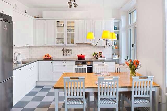 Checkered Floor Kitchen