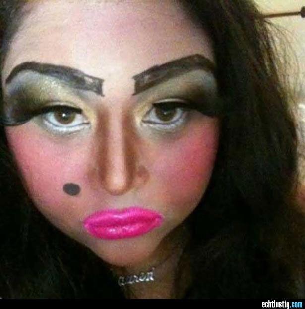 EPIC GALERIE  les pires maquillages de filles totalement
