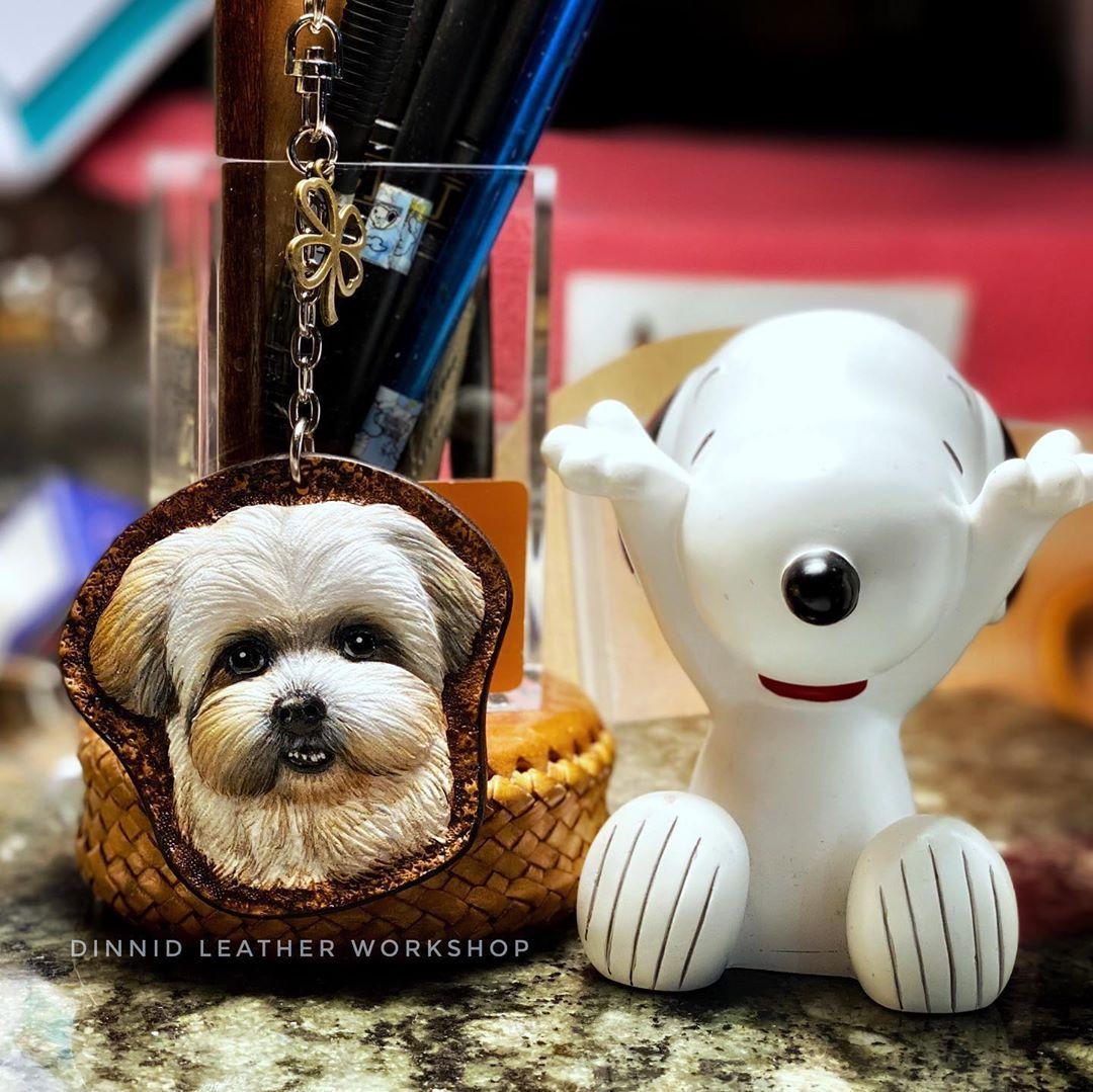 "Christine Lee's Instagram profile post: ""「肉包」Shih Tzu 西施犬 鑰匙圈 from Hong Kong 🇭🇰 #皮雕藝術 #皮雕工藝 #皮雕 #poodlelover #poodlelove #西施犬 #shihtzulovers #dinnidworkshop #handmade #leatherart…"""