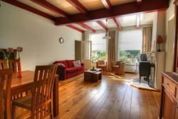 Zeeland serooskerke walcheren. 3 slaapkamers kachel mooie
