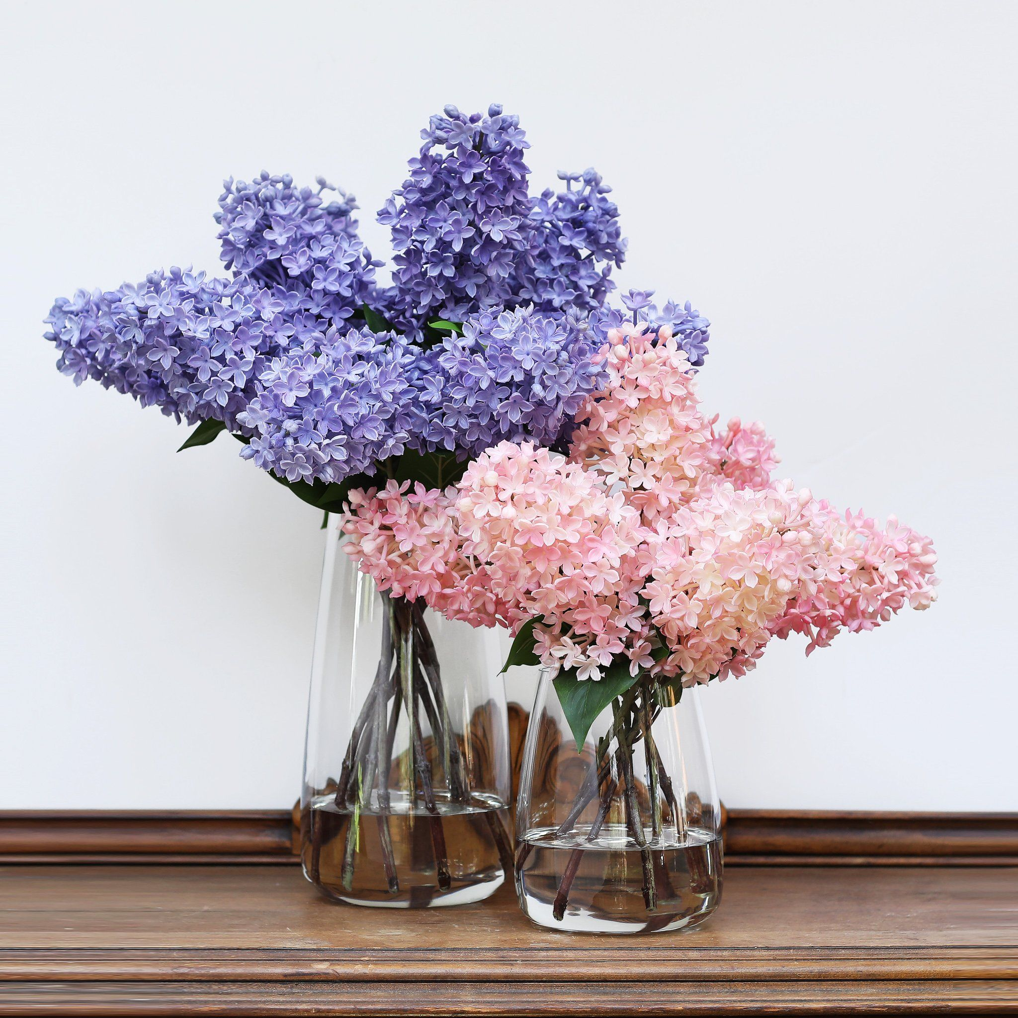 Lilac Floral Arrangement In Glass Vase Customized Size And Color Options Floral Arrangements Glass Vase Flower Arrangements Center Pieces