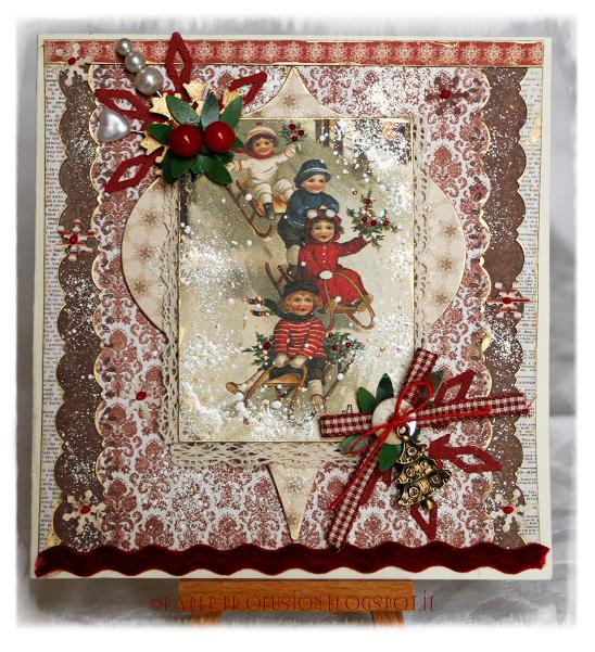 Картинки новогоднего шеллака сообщают очевидцы