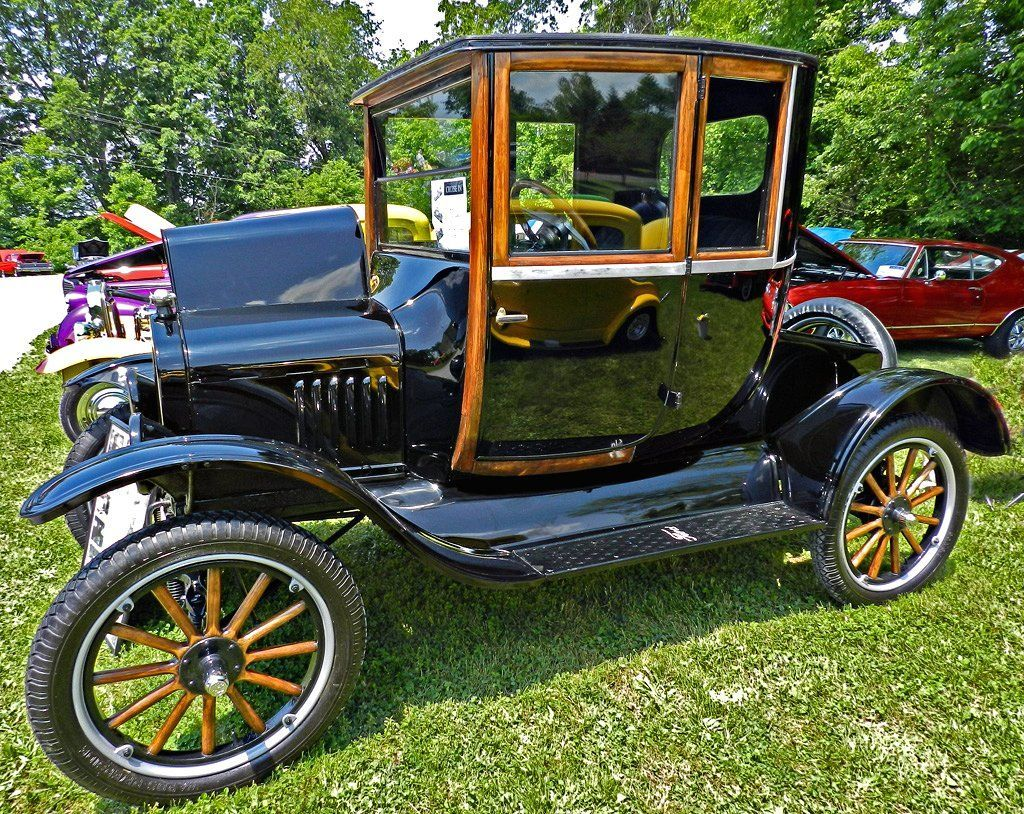 1921 Ford Model T Coupe Jigsaw Puzzle In Cars Ford Classic Cars Ford Models Model T
