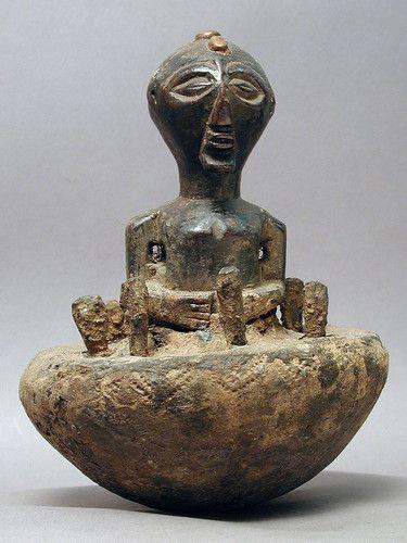 African magical songye fetish statue ceramic pottery divinitation dr Congo ethnix