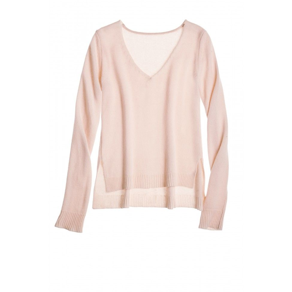 Light pink cashmere pull-over V-neck sweater. | Calypso Pink ...