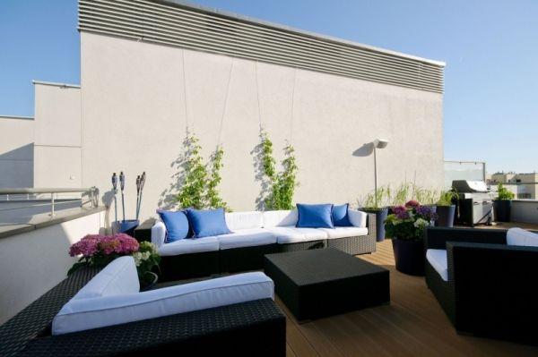 warschau penthouse wohnung-dachterrasse sitzecke rattan, Innenarchitektur ideen