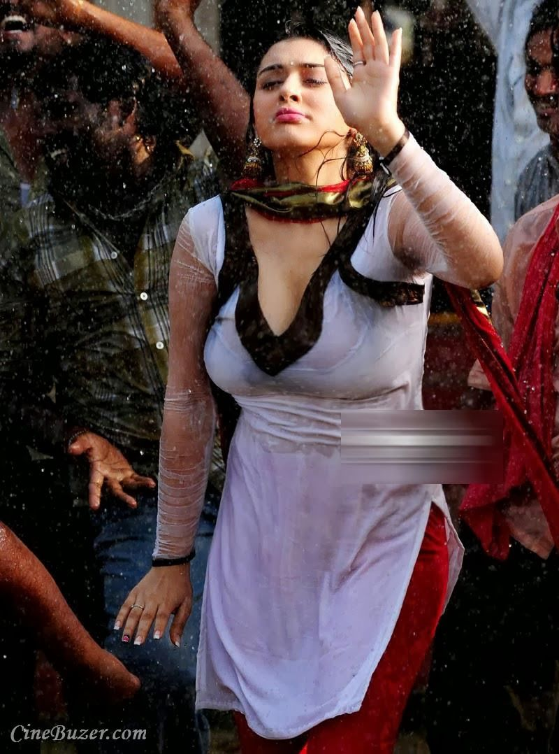 actress hot in rain