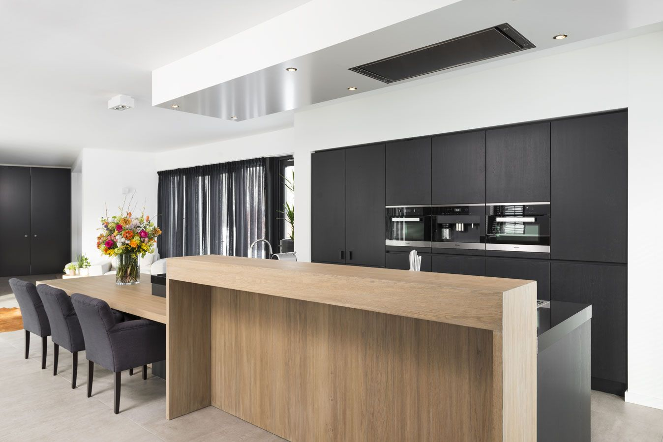 Keuken bar design moderne keuken met strakke houten bar