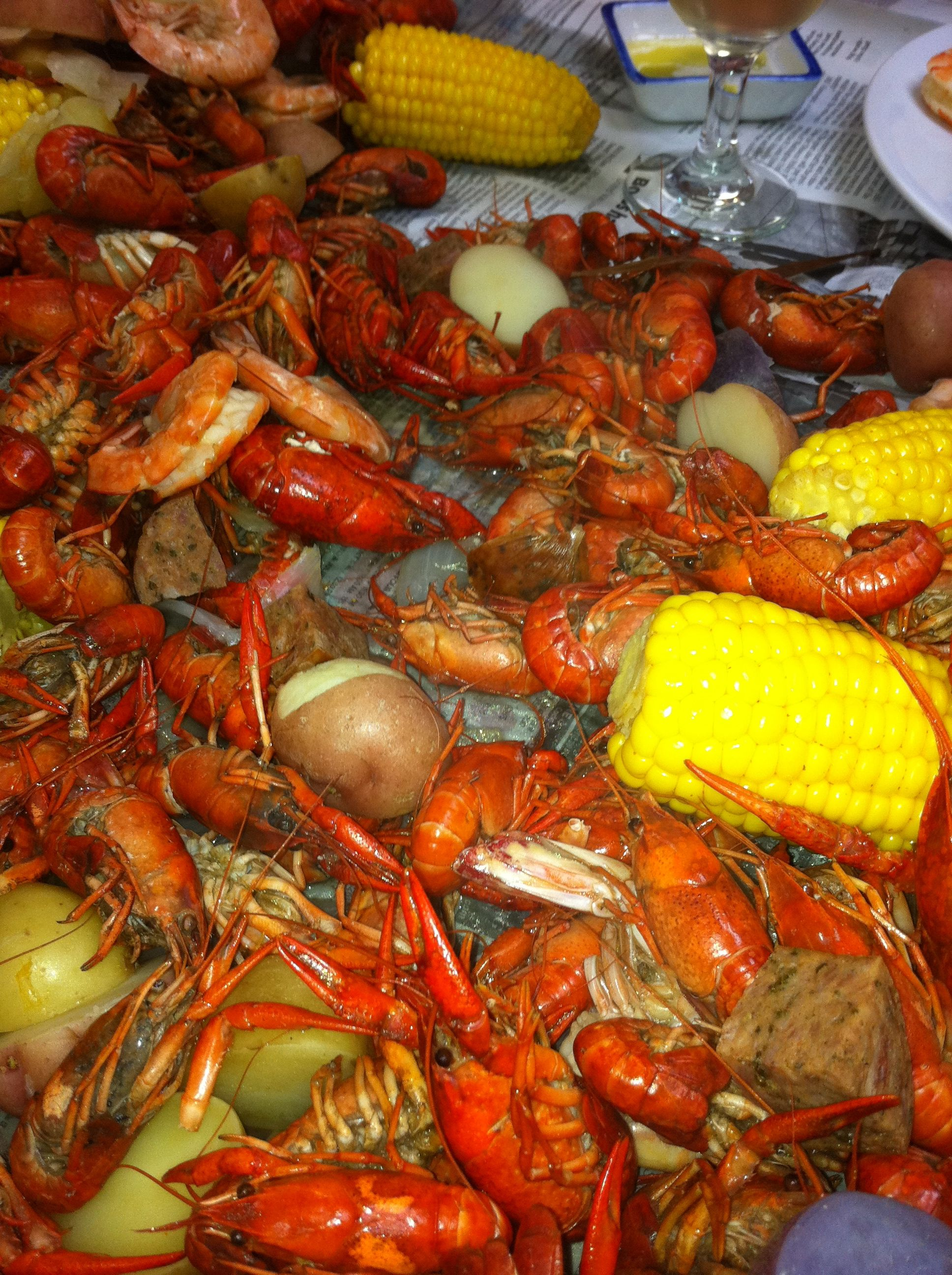 Crawfish boil from party gras class with chef mickey