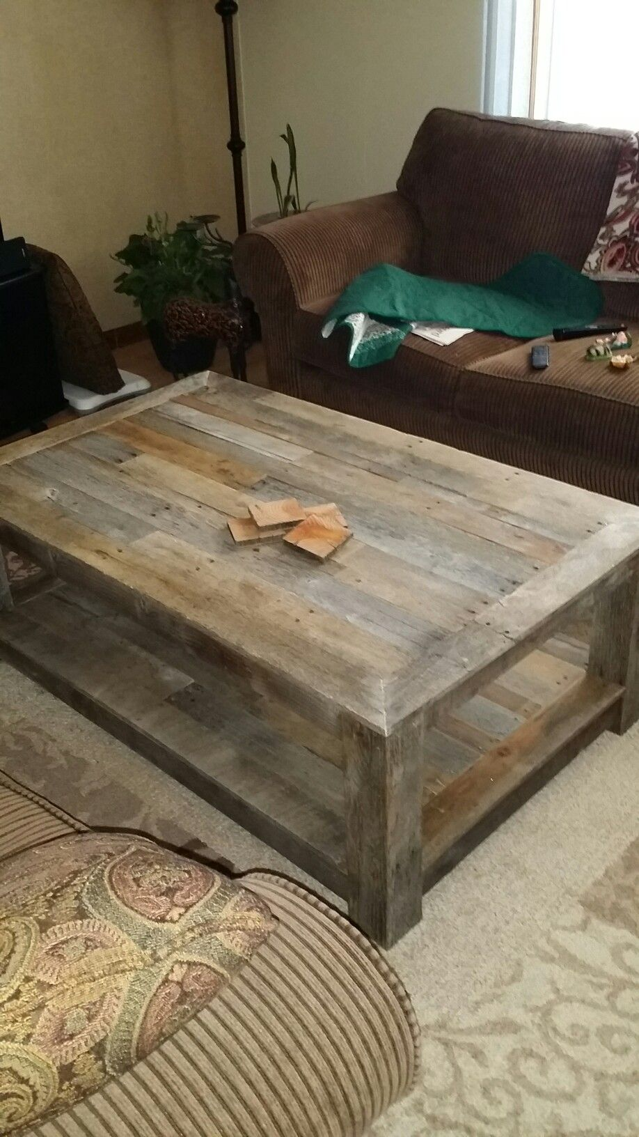 Pallet Wood Coffee Table Created Out Of Red Oak Pallets That Laid Out In The Wyoming Sun For Pallet Wood Coffee Table Coffee Table Out Of Pallets Coffee Table [ 1632 x 918 Pixel ]