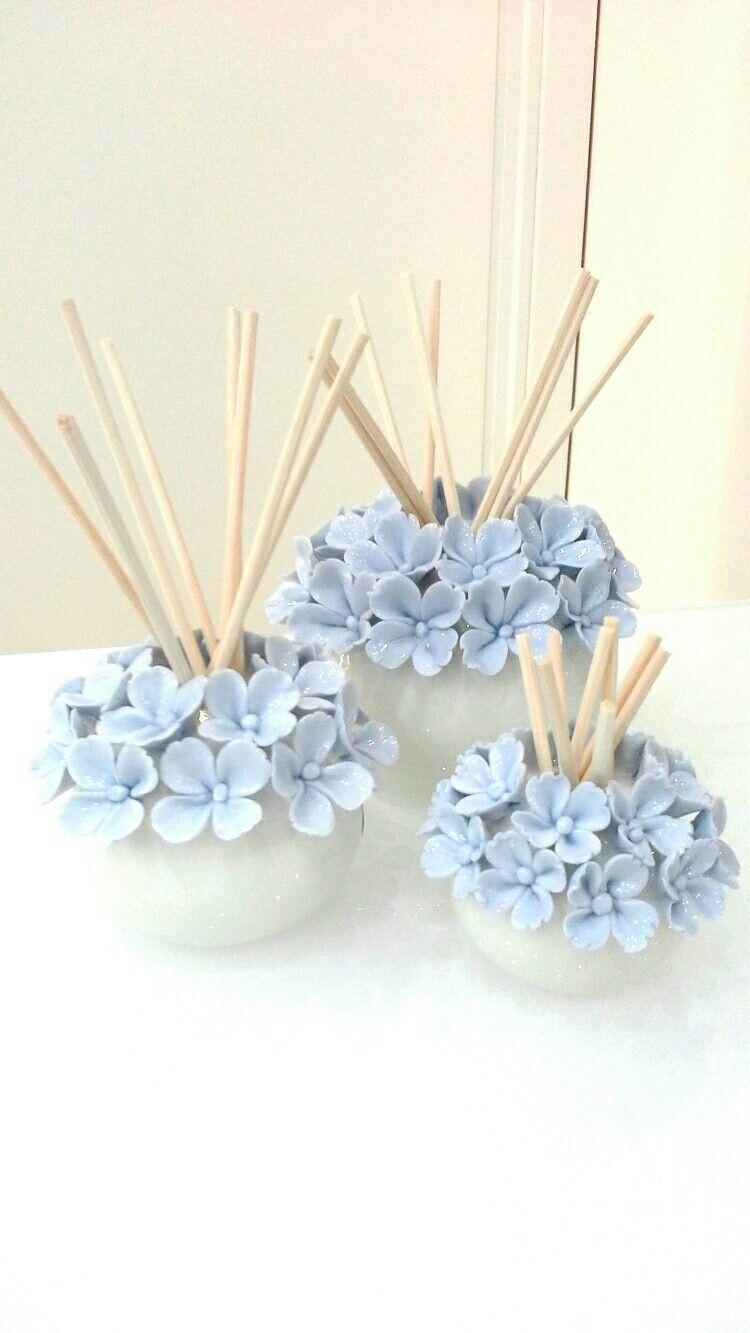 Profumatore in ceramica con fiorellini azzurri | Bomboniere